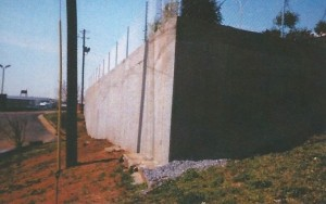 Retaining wall for a Parking Lot